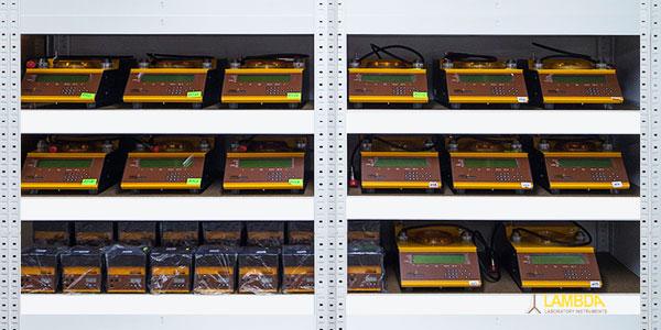 Les appareils de laboratoire de LAMBDA sont en stock.